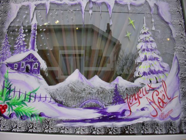 Decoration De Vitrine De Noel Halloween Paques Et Peinture Murale